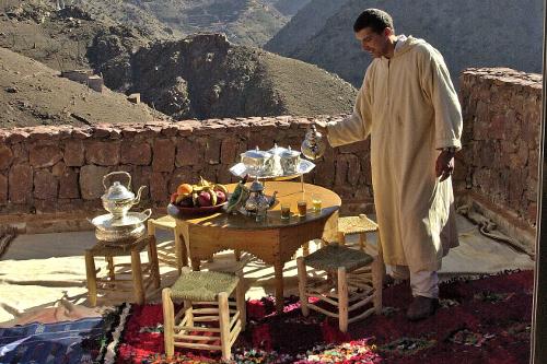 Trekking Lodge Balcony Tea