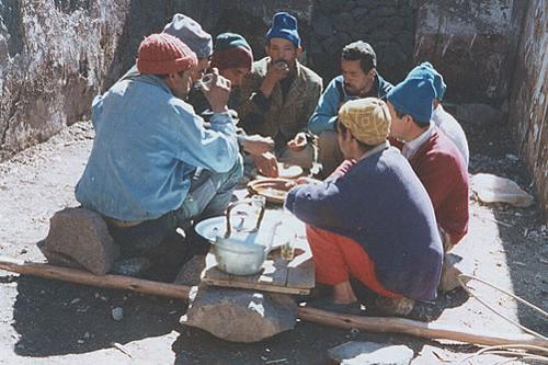 locals rebuilding Kasbah du Toubkal