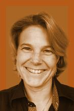 Daniela Stoel Marketing & CC Europe daniela@vettec.net