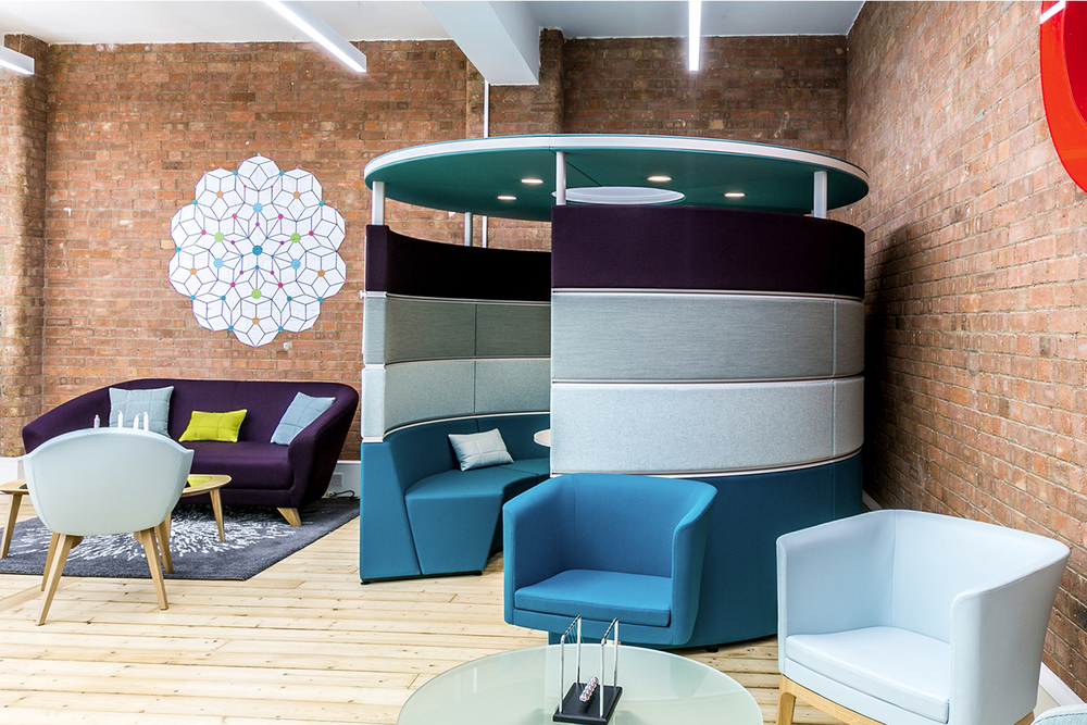 Connection Seating images_0002_Hive pod with canopy roomset CDW 2015.jpg