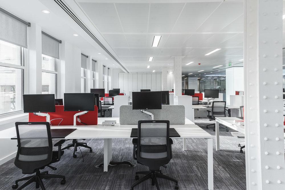Albion workstation & Bestuhl S30 task chair