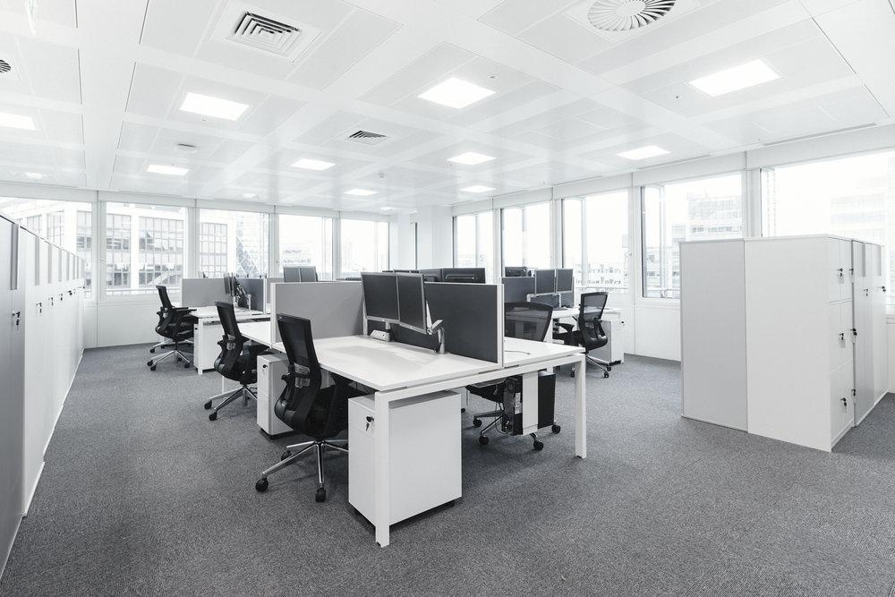 Albion workstation & Bestuhl Radius task chair