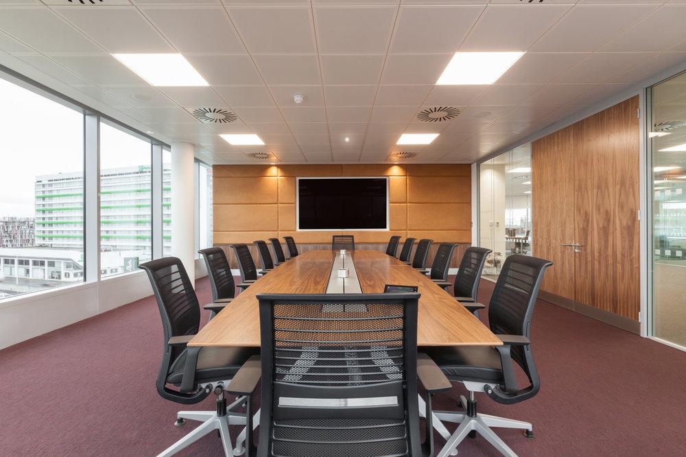 meetingroom (2).jpg