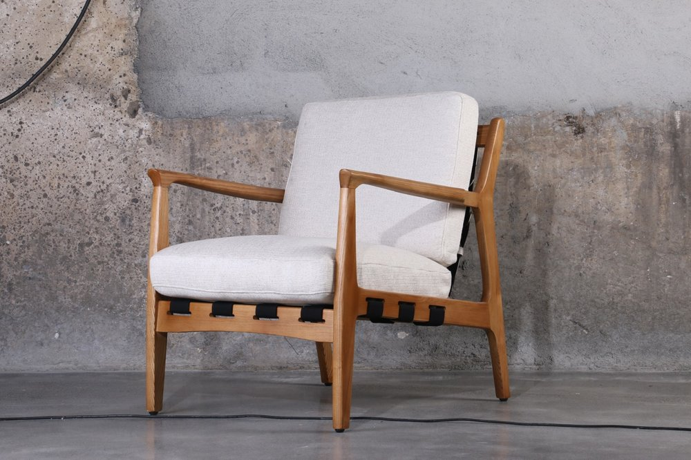 United Strangers - At Ease chair