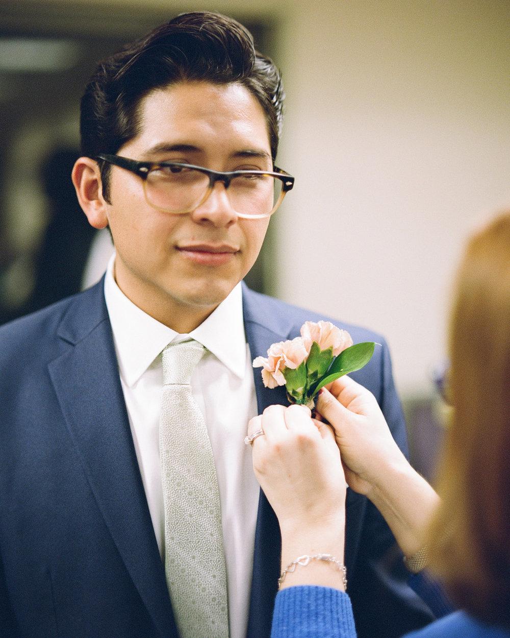 07_wedding-flowers-groomsmen.jpg