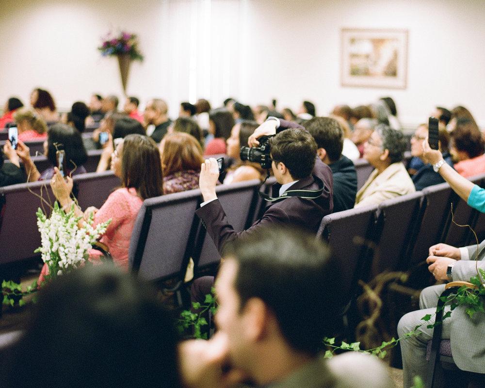 19_wedding-guest-at the-kingdom-hall.jpg