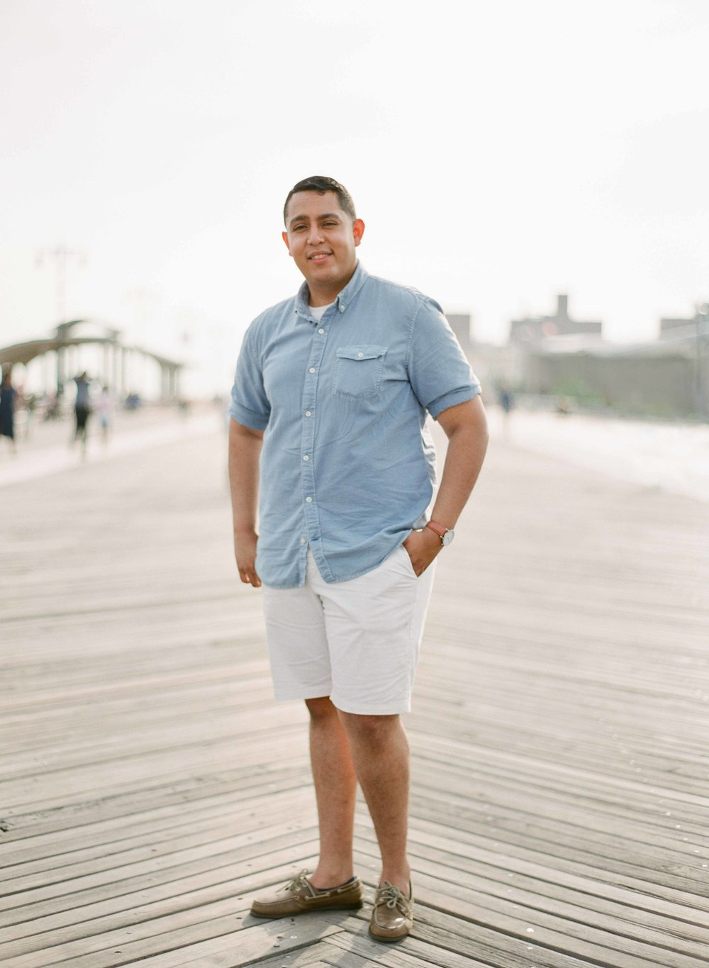 03_coney-island-beach-engagement.jpg