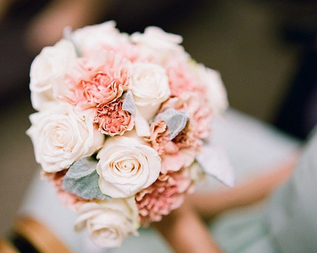 Details...priceless ****** ****** ****** ****** Photography: @azaelmartinezphotography Floral design: @thammyroseevents Scans: @richardphotolab Film: @fujifilm_profilm ****** Contax 645, 80mm lens, ISO 400, f/2 at 1/30 sec.  film rated at 200, pushed +2 stops  #richardphotolab #contax645 #fuji400h #ishootfujifilm