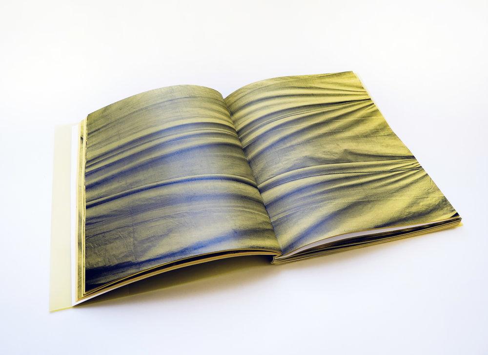 Mano Penalva, paginas amarillas, foto dentro 3-2.jpg