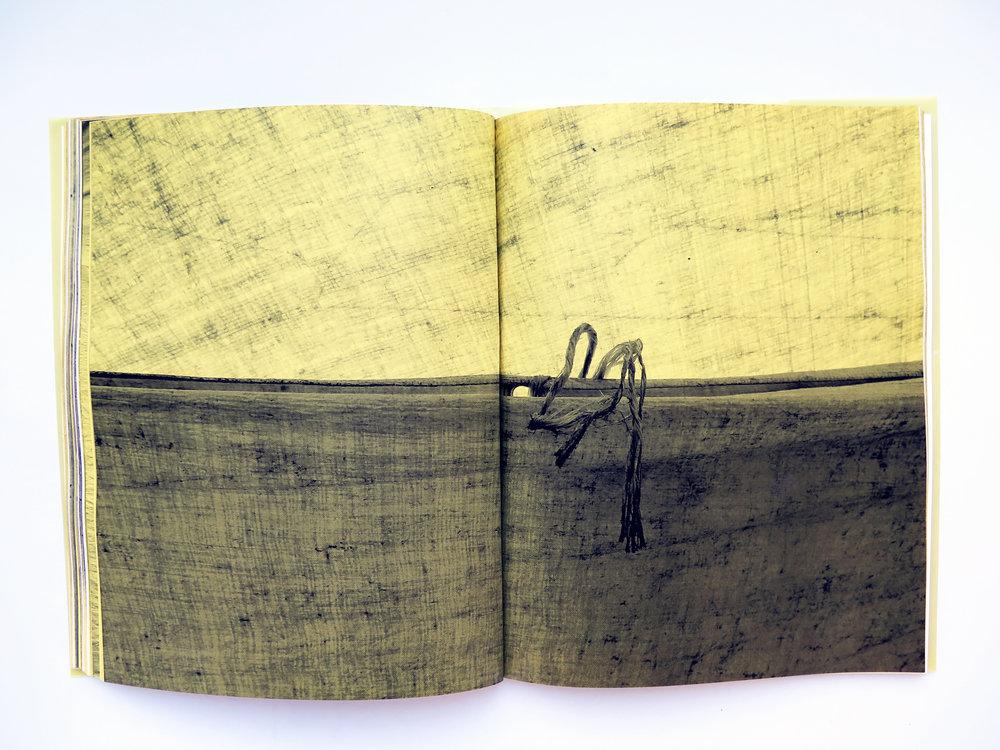 Mano Penalva, Paginas amarillas, foto dentro 4.jpg