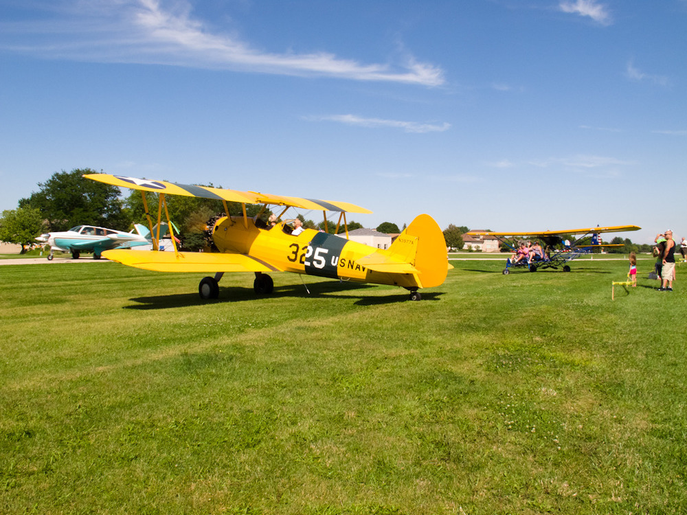 stearman vtail and breeze.jpg