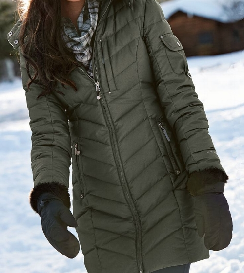 Coat - This may seem obvious, but it's our top item.  Park City is known for its cold winters, there will likely even be snow. Be sure to pack your favorite full length coat. Remember, coats come with many stylish options. Just because you need to be warm, doesn't mean you need to forget about looking good.