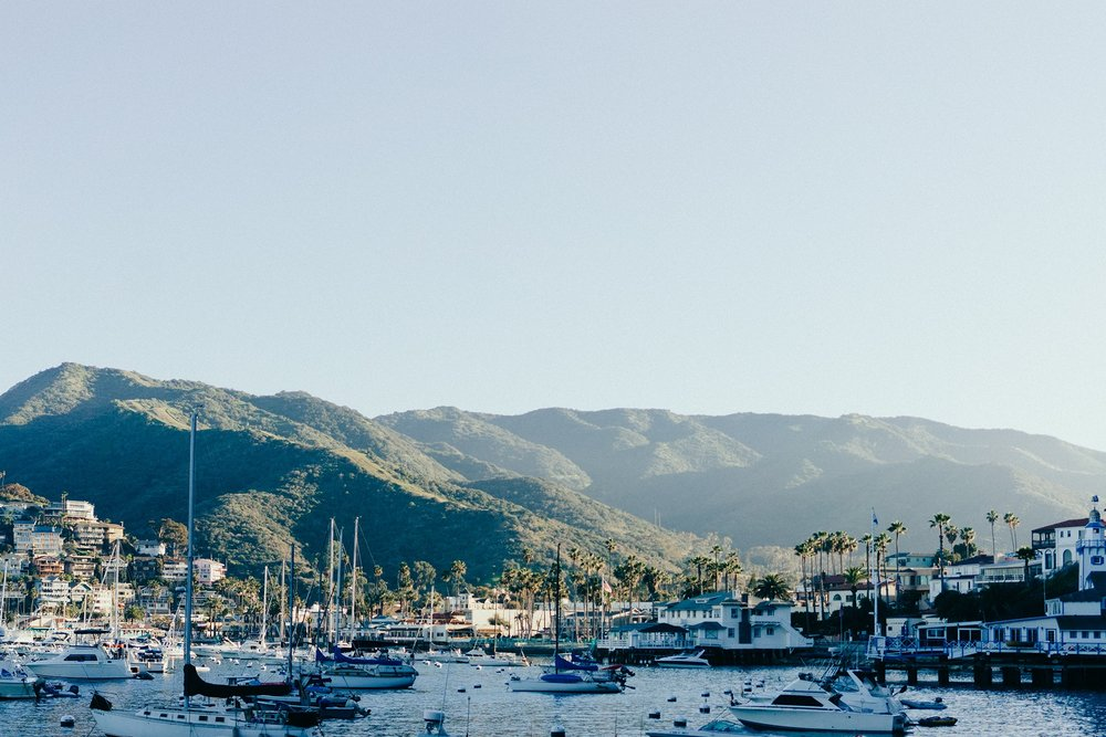 sea-mountains-bay-boats.jpg