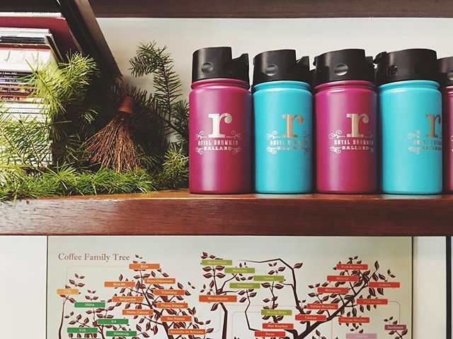We're feeling festive here at Royal Drummer! These custom tumblers from @fiftyfiftybottles keep your drink #icyhotanywhere. Grab one for the coffee lover in your life! #fiftyfiftybottles #yaycoffee #ballard #drumbeat