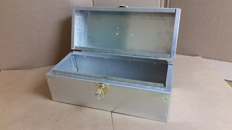 ALUMINUM SECRETS BOX2.jpg
