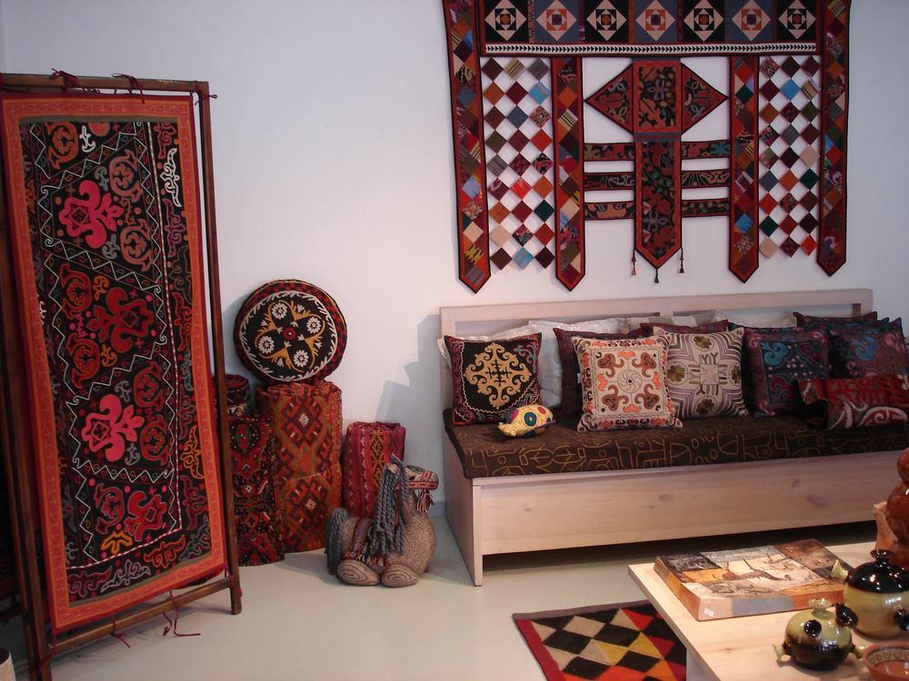 Shop Kyrgyz Souvenirs