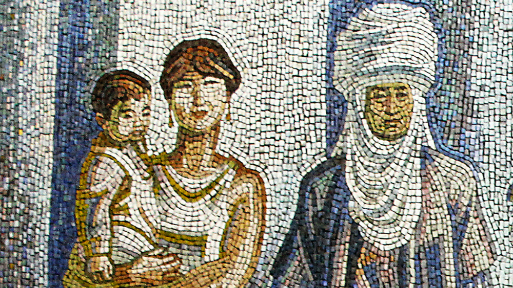 New owners of the building showed no appreciation to 'Women' mosaic by Theodor Herzen. Photo: ShTAB
