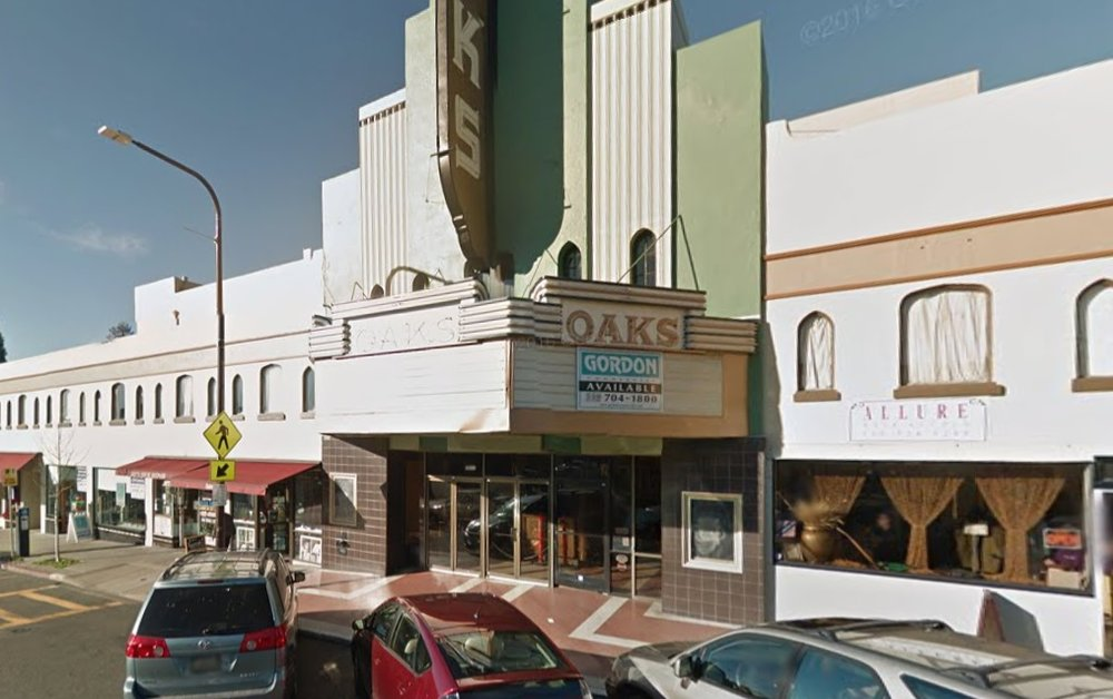 The vacant Oaks Theater on Solano Avenue (source: Google Maps)