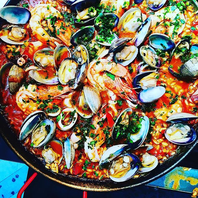 Paella on the grill. Yep, it's delicious. I highly recommend it 🦐 #thecitykitchensf #mymarinkitchen . . . . . #seafood #paella #spanishfood #farmersmarketfind #onthegrill #f52backyard #feedfeed #f52grams #goopmake #tastingtable #buzzfeast #eeeeeats #foodpic #instafood #foodphotography #beautifulcuisines #huffposttaste #instayum #bareaders #foodandwine #bghfood #thekitchn #yahoofood #nomnom #bonappetitmag #todayfood #marthafood #foodwinewomen