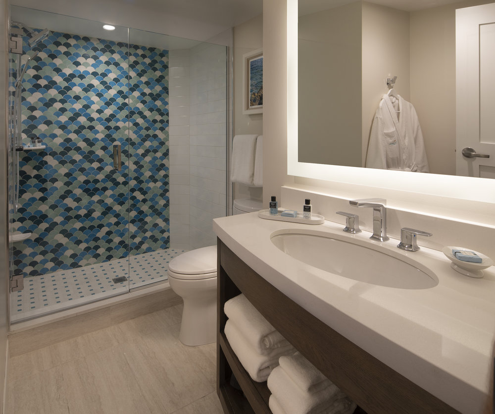 The Laureate Key West guest room bathroom