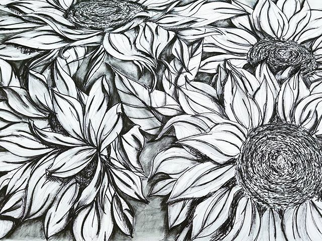 🌻 #sunflower #drawing #watercolor #sharpie #messy #bloomingintherough #blackandwhite #bouquet #artistsofinstagram #art #blackandwhite