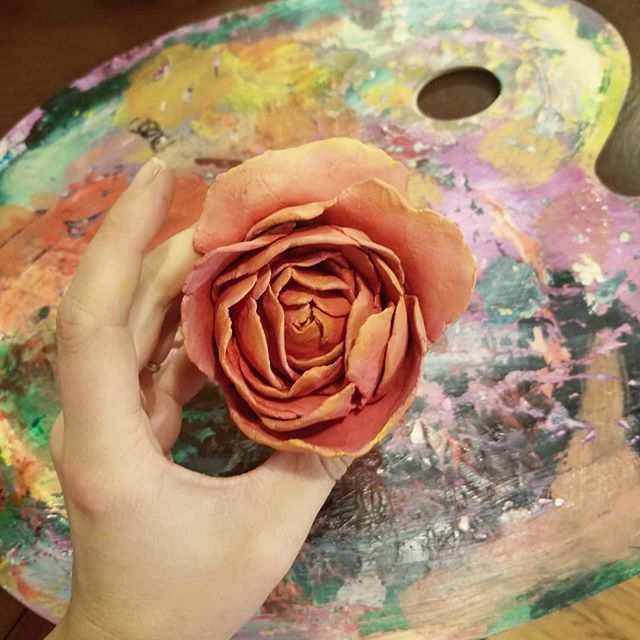 Trying some new paper clay and oil paint.  I like it so far!  What should I do with these?  #bloomingintherough #art #floralart #paperclay #oilpaint #artistsoninstagram #artistsofinstagram #flowers