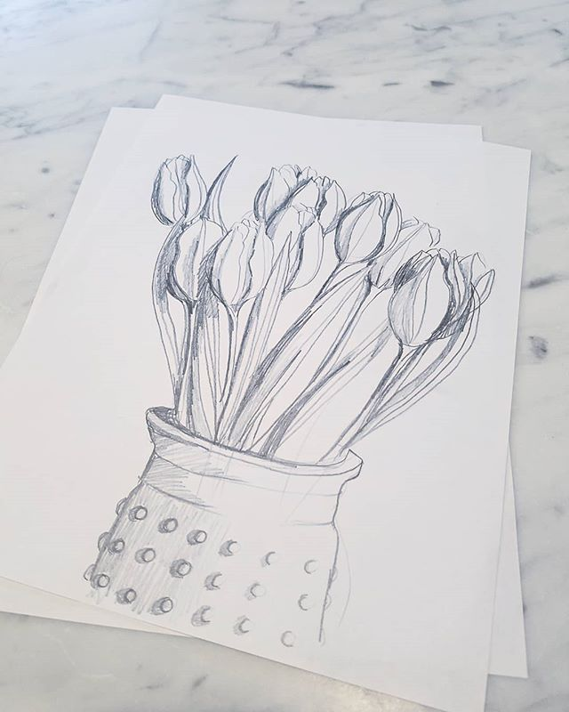 Doodle of the day.  #art #artistsoninstagram #artistsofinstagram #floralart #flowers #tulips #bloomingintherough #sketch #draw #drawing #pencil #bouquet