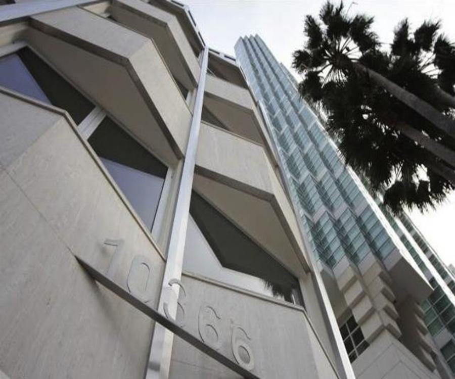 10366 Wilshire Boulevard - Photo 1.jpg