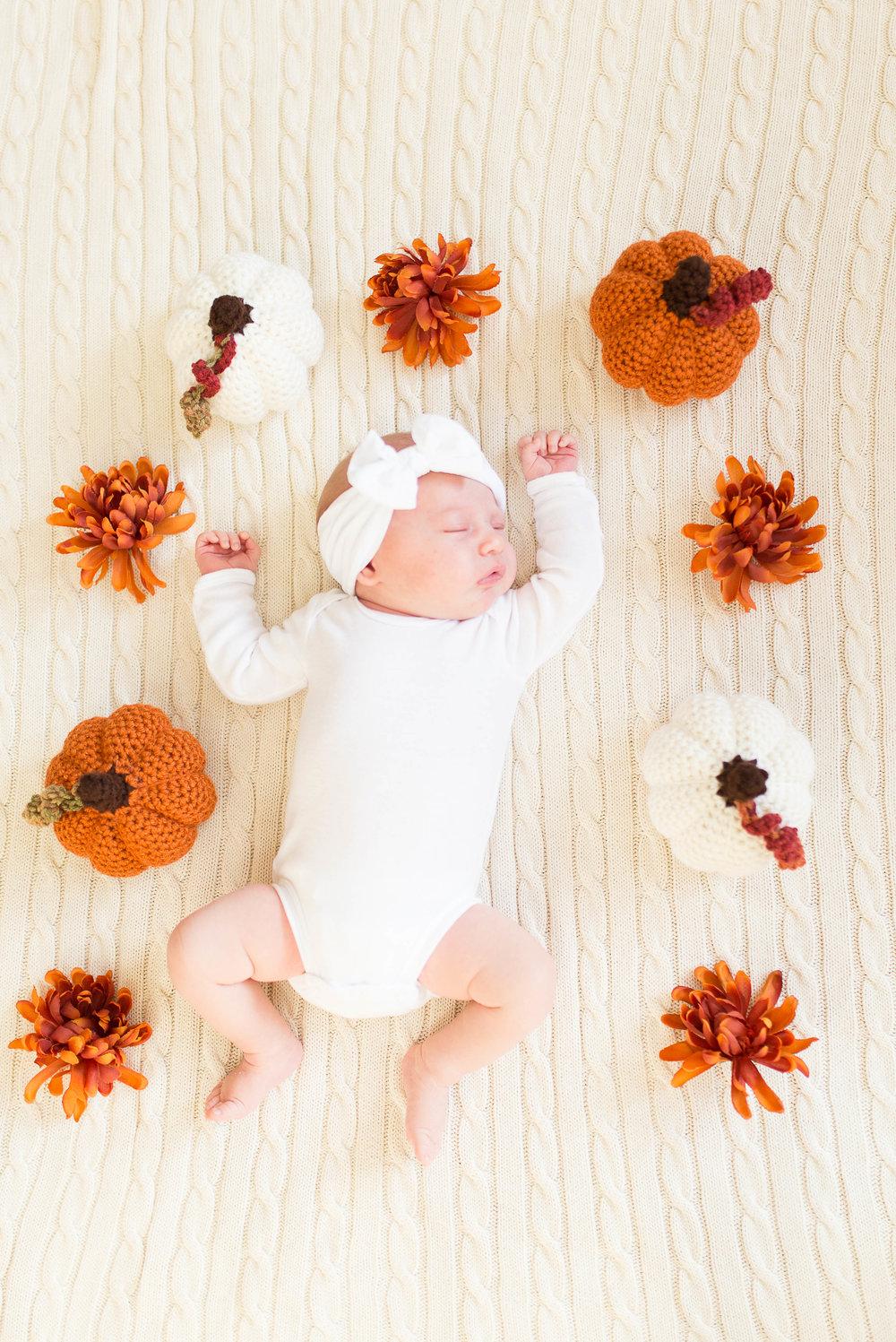 Olivia-one month-8.jpg