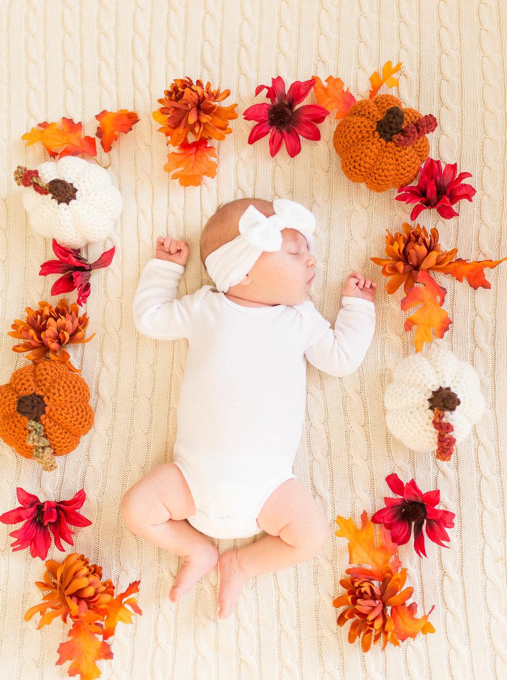 Olivia-one month-13.jpg