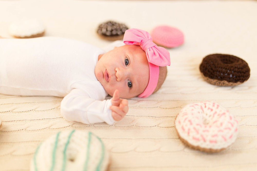 Olivia-one month-26.jpg