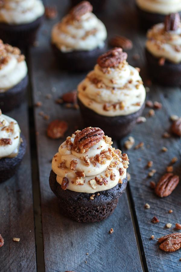 chocolatebourbonpecanpiecupcakes.jpg