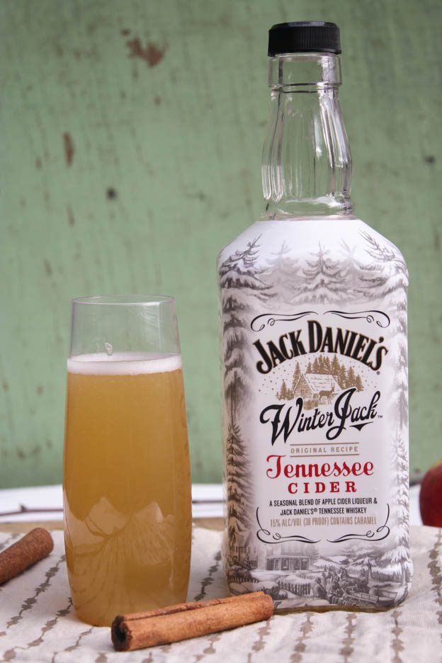 spicedappleciderchampagnecocktail.jpg