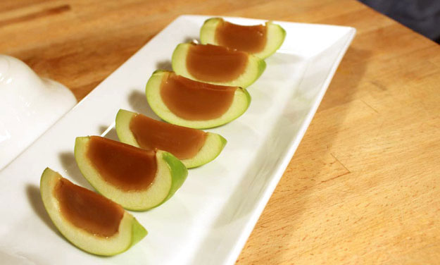 caramel-apple-jello-shots.jpg