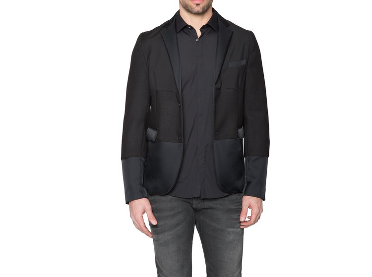 http://www.arisoho.com/blazers/black-two-tone-blazer