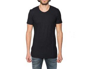 http://www.arisoho.com/tshirts/black-crew-neck-shirt