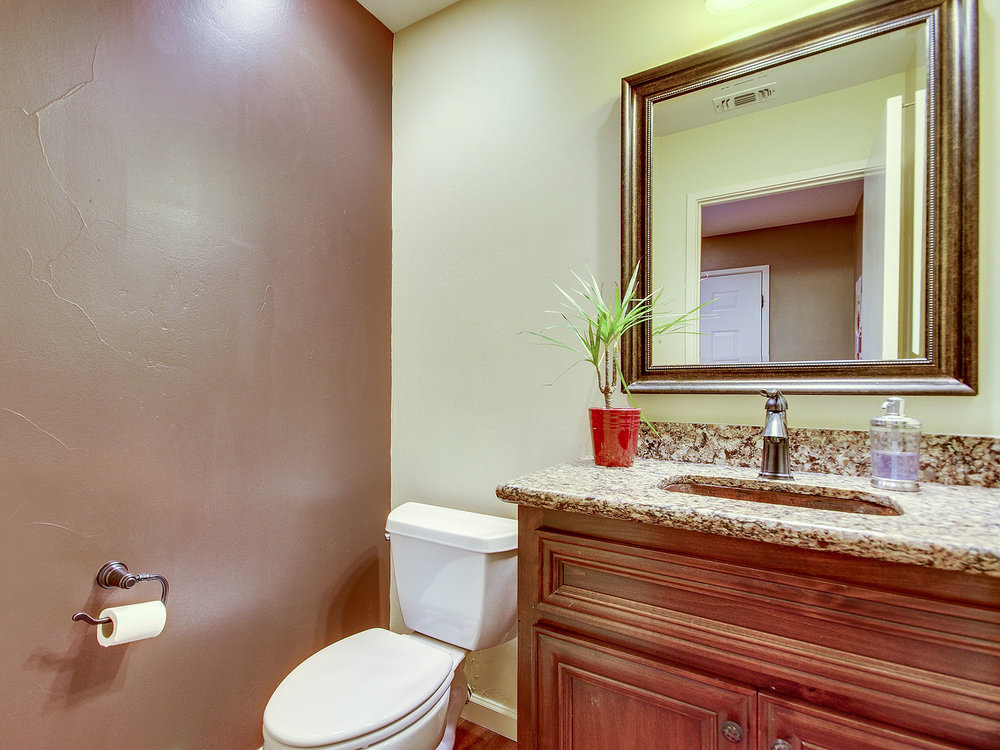 11365_GoldCountryBlvd_Int_Bathroom1_01.jpg