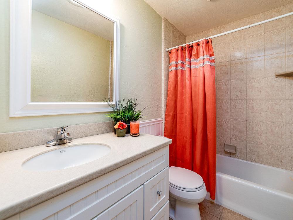 3558_ChelseaRoad_Int_Bathroom1_01.jpg