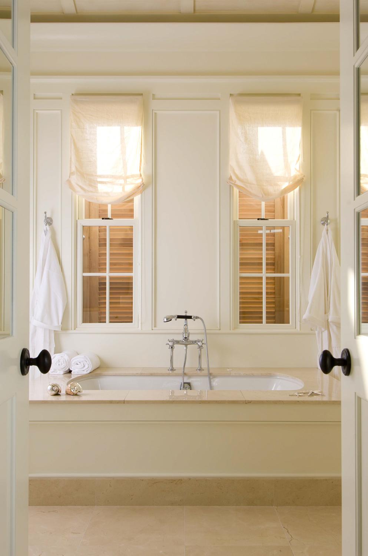22. Bath.jpg