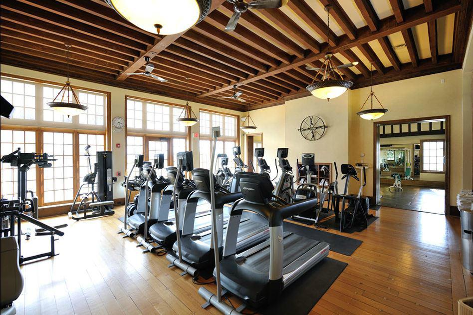 16_Fitness Center.jpg