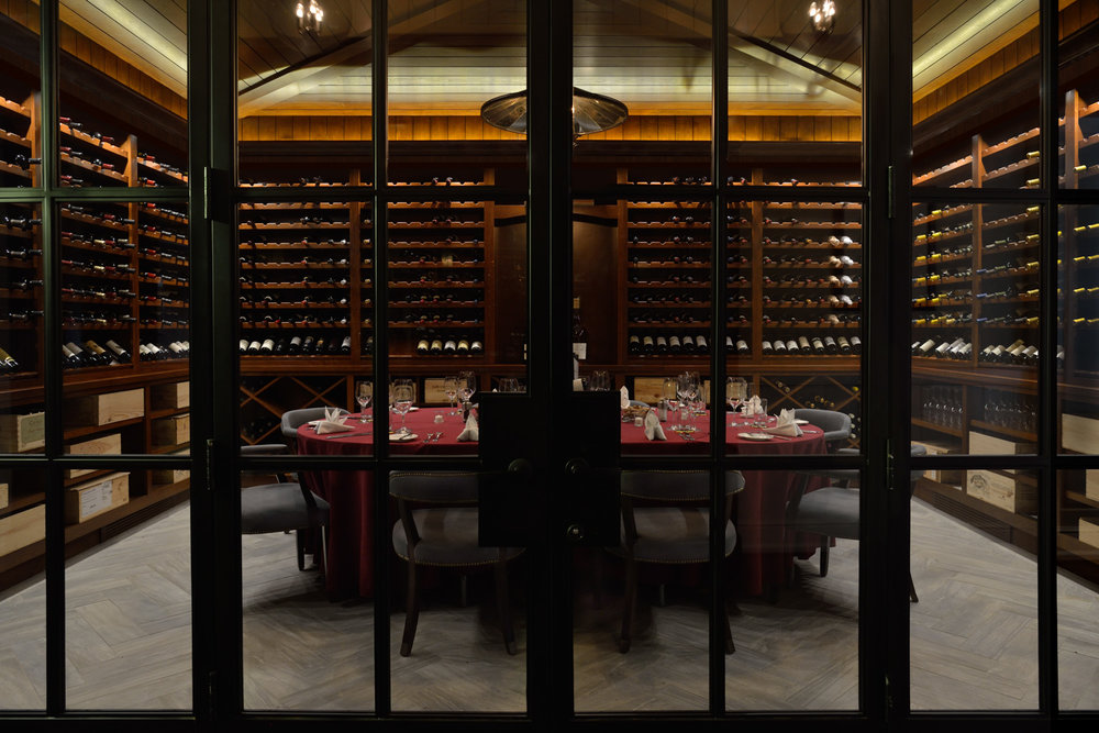 07_Wine room 1 v1.jpg