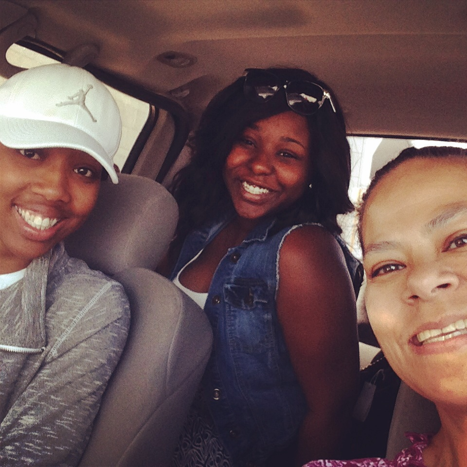They're here! Kesia and Nikki have officially landed in SA, Pauline has scooped them up!