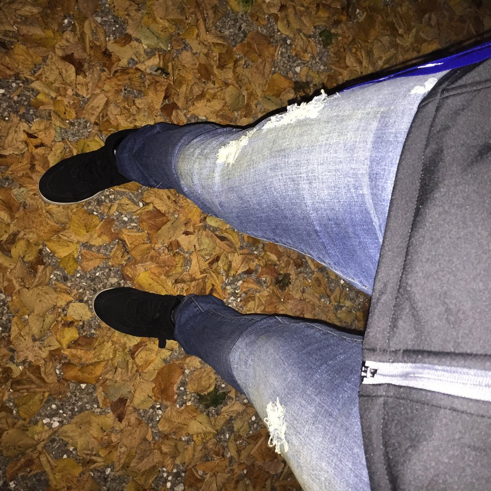 Exploring in my new Talltique jeans!