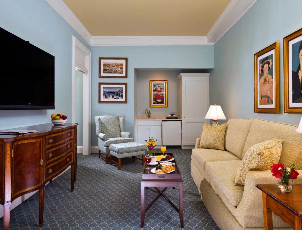 5x4 - Consulation - Guestroom.jpg