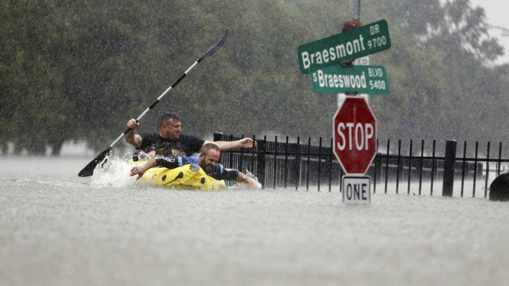 hurricane-harvey_0004_Layer 6.jpg