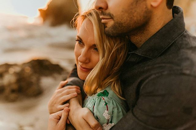 """Do I love you? My god, if your love were a grain of sand, mine would be a universe of beaches…"" —The Princess Bride. . . . #visualcoop #greenweddingshoes #loveintentionally #thatsdarling #littlethingstheory #junebugweddings #elopement #elopementphotographer #elopementcollective #lookslikefilm #intimatewedding #engagementsession #naturallight #watchthisinstagood #chasinglight #makeportraits #portraitcollective #portraitpage #ftwotw #losangelesphotographer #risingtidesociety #deepfeelingsmp #belovedstories #filmpallette #loveauthentic #quietthechaos #photobugcommunity #astahora #tribearchipelago #imaqination"