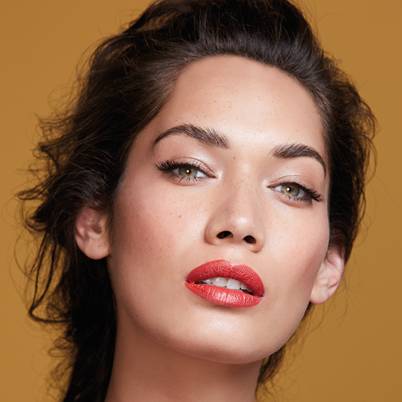 AW18 BEAUTY CAMPAIGN.  REVLON LIP FEATURE.