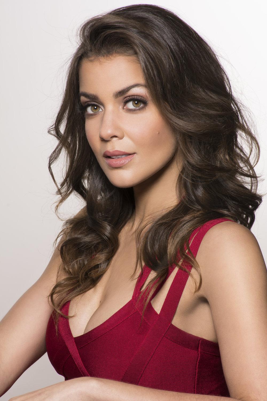 Alexandra Rosario 06