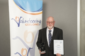 Graham Smith win Emergency Services Award.jpg