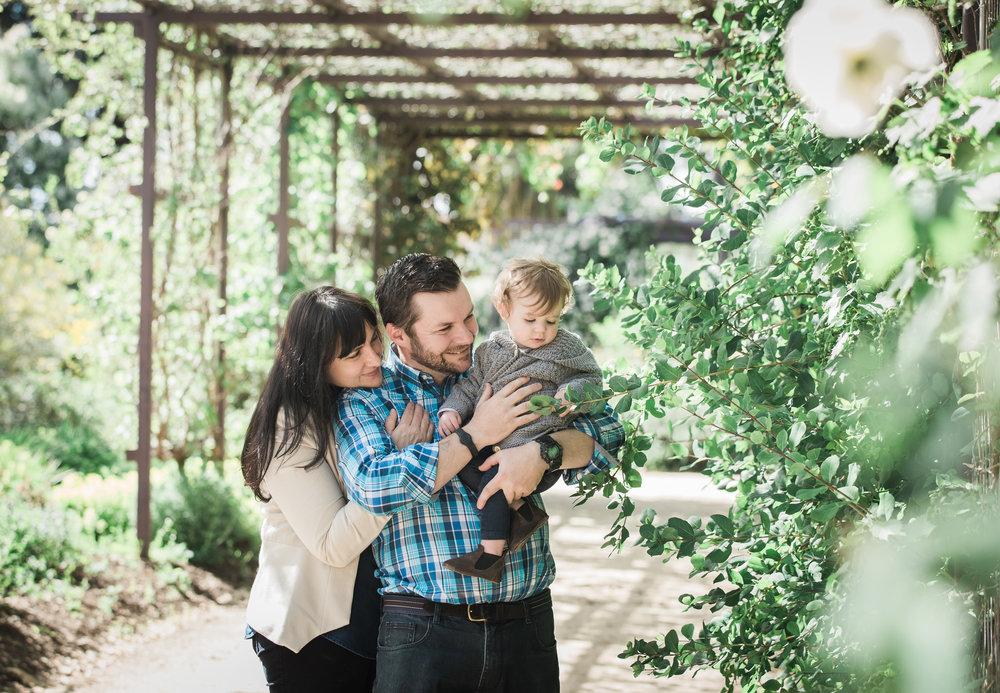 Bendigo botanic gardens family photography